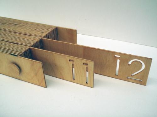 desk wooden calendar 3